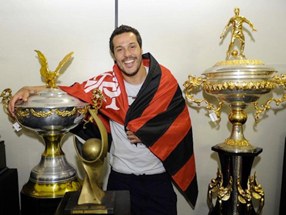 1ee3494867  Quero encerrar a carreira com título pelo Flamengo